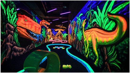 """""""恐龙人""""登陆上海白玉兰广场或将成一匹娱乐黑马?"""