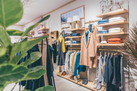 """打造""""互联网时尚品牌生态圈"""" 茵曼2018年线下销售预计可达8个亿"""