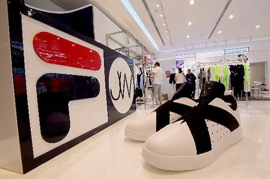 中国服装企业海外并购热仍未退潮 运营现状并非全然乐观