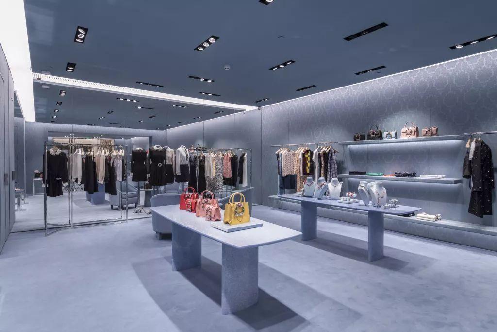 国内奢侈品零售复苏,Prada集团一口气新开7家门店