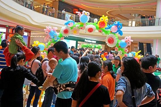 """以""""童""""促商 儿童经济成为山东商业香饽饽"""