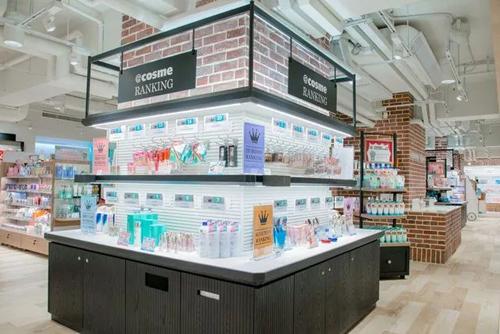 @cosme store亚洲最大旗舰店落户香港 拟下半年再开3家