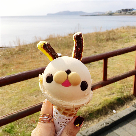 """创始""""冰淇淋+茶饮""""风潮 单店盈余提高15% 这个品牌凭什么?"""