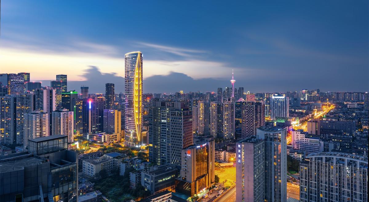 中国12强:全球格局下的中国城市