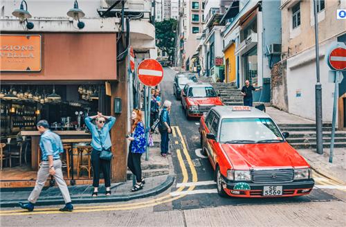 【08期】周一全球观察:香港很受伤,海港城空铺、百年先施易主、堡狮龙贱卖……
