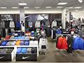 """观察:耐克为何在一家百货的600家店里开""""店中店""""?"""