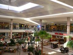 QIC斥20亿澳元并购美国10座购物中心 美国商场仍是常青树