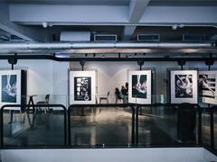 先锋装置艺术进驻喜茶热麦独立空间 让年轻人发现城市之美