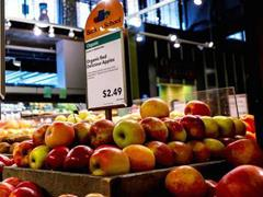 美国消费者不喜欢网购食品 亚马逊收购全食超市影响不大