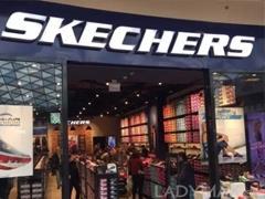 美国运动鞋履品牌Skechers第三季度销售猛涨17%破11亿美元