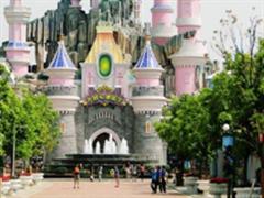 国内主题乐园呈现井喷式增长:迪士尼在前 方特保二争一