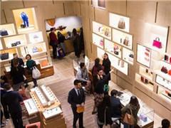 买下全球1/3奢侈品 中国的富人们是怎么剁手的?