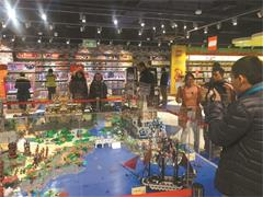 英国百年玩具店哈姆雷斯落户北京王府井 日前低调试营业