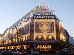 老佛爷百货宣布将在法国境内的分店推广微信支付