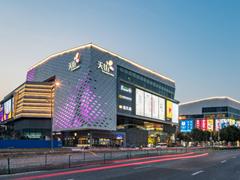 龙湖商业多城市同步推电影主题展 深化IP增强体验感