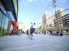 新兴广场NEW暴涂&NEW GAME燃炸西安 MIMA体验中心盛大揭幕