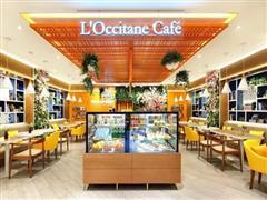 将专柜与Cafe合二为一 欧舒丹大陆首家咖啡馆亮相南京德基