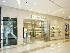 JIMMY CHOO被Michael Kors收购后  门店数量有望增加