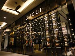 每日时尚要闻:Gucci推出国内电商平台 Superdry将在法开旗舰店