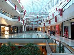 北京零售市场新趋势:购物中心丰富内部业态 运动品牌强势开店