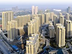 楼市半年考:一线城市偃旗息鼓 三四线城市需警惕风险
