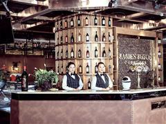 �捶染频辏捍蛟烊�球首家咖啡馆文化主题的精品酒店