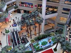 """广州购物中心""""阵痛期""""与""""开业热""""并存 追求个性化已成常态"""