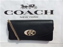COACH集团继续关停折扣店 轻奢品牌掀起并购潮