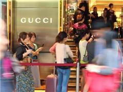 价差缩小、打假、电商...将中国奢侈品消费者拉回国内