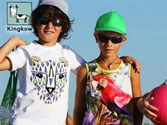 传安踏正收购香港中高端童装品牌小笑牛 瞄准童装市场