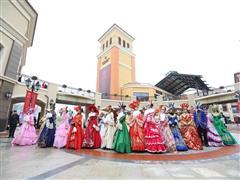 武汉首创奥特莱斯1月26日试营业  时尚魅力耀动江城