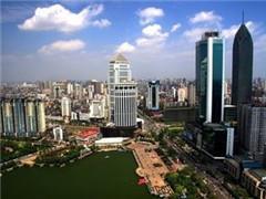 去年300城卖地收入破4万亿涨36% 未来土地市场将维持平稳