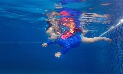乐游宝宝:亲肤更亲心 定义婴儿游泳新未来