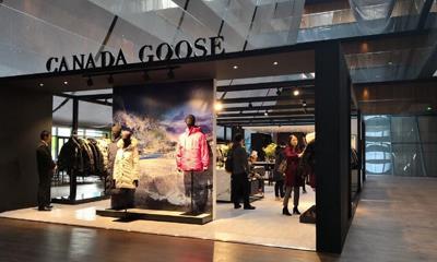 加拿大鹅在北京三里屯开了快闪店 实体店将在12月底正式落地