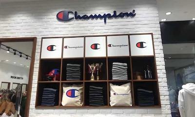 潮牌Champion上海兴业太古汇店开业  全国实体店已超15家