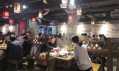 """长沙主题商场发力餐饮业态 能否避免""""千店一面""""?"""