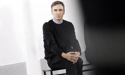 短短2年就失宠 Calvin Klein创意总监Raf Simons或将下台!