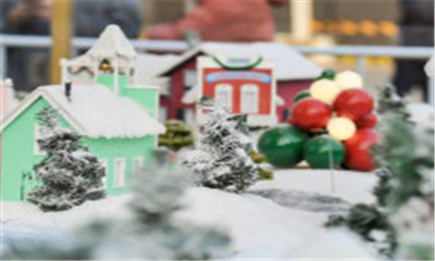 """在圣诞小镇里潮玩 三里屯太古里开启""""玩・美""""圣诞季"""