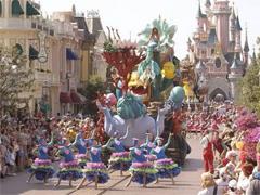 迪士尼拟斥20亿欧元扩建巴黎迪士尼乐园 将新增三个主题园区