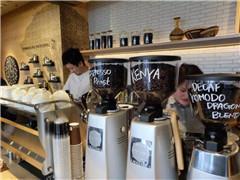 咖啡市场模式两极分化态势明显 第三空间和新零售的对抗?