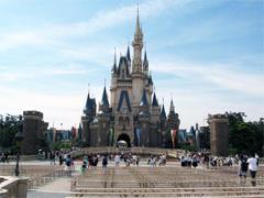 东京迪士尼2017年游客量微增0.3% 时隔3年首次恢复增长