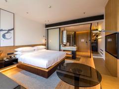 万枫酒店亮相第13届商业地产节 开创中端酒店新格局