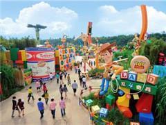 """上海迪士尼乐园复盘:童话世界背后的""""吸金大法"""""""