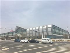 青岛两大城市综合体同日开业,新旧商圈龙虎相争