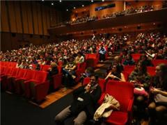 中国电影票房首超北美成全球第一!一季度达202.17亿