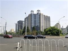 """二环交通枢纽的""""忧伤"""":东直门区域有商务没商业?"""
