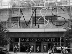 英国马莎百货税后溢利跌74.8%至2.91亿英镑 受重组开支影响