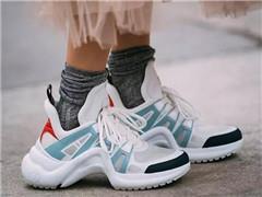 运动鞋越来越受欢迎 能成为奢侈品牌的大生意吗?