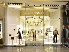 Versace正重新回到年轻消费者眼中 能否挺进10亿欧元俱乐部?