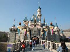 迪士尼乐园尝试新的涨价方案:提前游览6小时需299美元